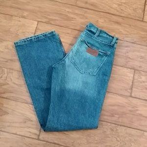 Wrangler Slim Boot Jeans